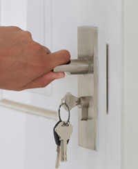 Lock Key Shop West Palm Beach, FL 561-223-4931